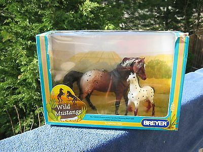 Breyer Collectible America's Wild Mustangs Nib 3750303