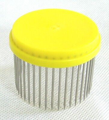 Beekeepers Yellow Queen Bee Needle Isolator Cage
