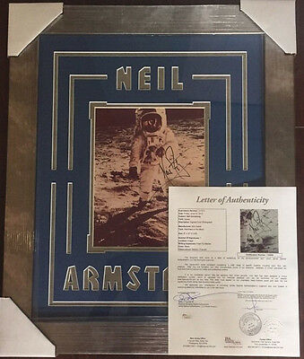 NEIL ARMSTRONG SIGNED AUTHENTIC 8X10 NASA PHOTO AUTOGRAPHED PSA/DNA JSA