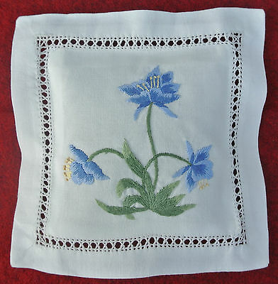 Hand embroidered lavender sachet/bag/pillow (design 2)