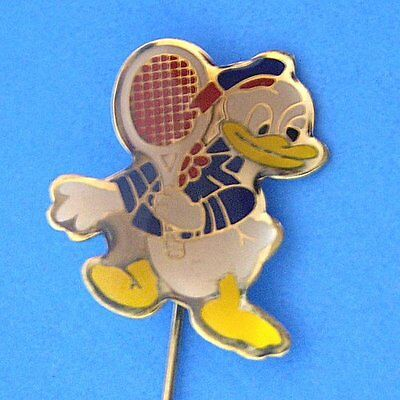 M105 Vintage Small Donald Duck Tennis Stick Pin New Lacquered Gold Plated No S/H