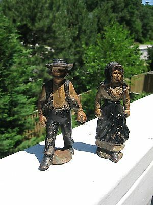 Cast Iron Antique Amish Pare /Husband & Wife / Figurines
