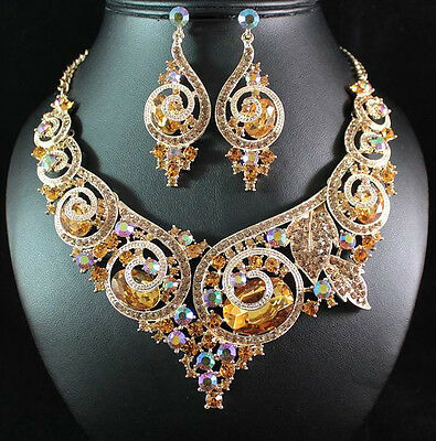 Ornate Gold Austrian Rhinestone Bib Statement Necklace Earring Set Bridal N1669G