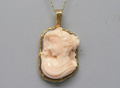 Fabulous 18K Gold Large Angel Skin Coral Cameo High Relief