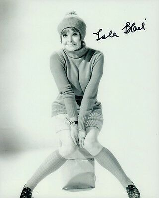 Photographs Isla Blair Autographed 8x10 Photo Coa Actress Hammer Horror Girl Movies