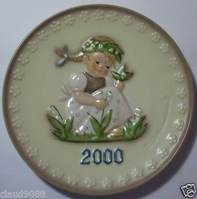 "M.i.hummel  ""garden Splendour  Annual Plate 2000""  Hum 921 Mint & Reduced"