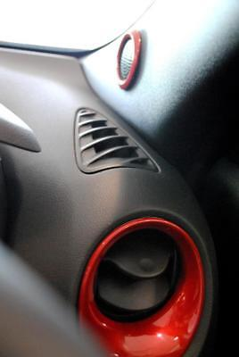 Nissan Juke Force Red Interior Styling Heater Vents Speakers Genuine KE6001K10R