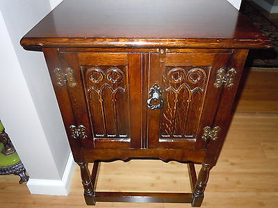 ANTIQUE HEAVY ENGLISH OAK GOTHIC CATHEDRAL DOORS CABINET END TABLE NIGHT STAND
