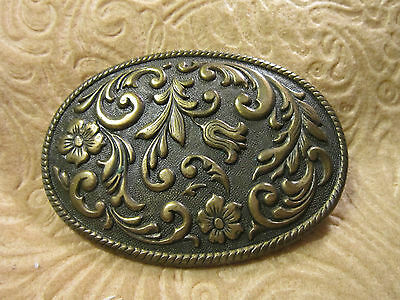 Vintage Rope Edged Oval Floral Design Brass Belt Buckle