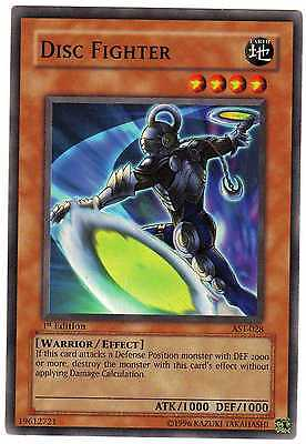 Disc Fighter AST-028 Carte Yu-Gi-Oh! 1st FIRST EDITION ENGLISH CARD