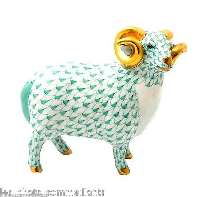 HEREND, ENGLISH RAM with GOLDEN HORNS FIGURINE, GREEN FISHNET