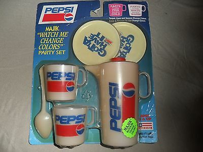 "RARE vintage Pepsi Majik ""Watch me change colors"" party set"