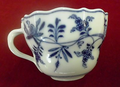 """BLUE ONION 2 1/2"""" TALL SCALLOPED CUP ONLY BY MEISSEN - CROSSED SWORDS 1815-1924"""