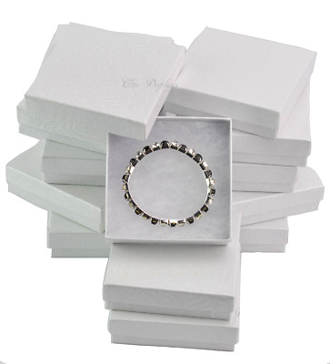 LOT OF (12) WHITE COTTON FILLED JEWELRY GIFT BOXES BRACELET BANGLE BOXES 3.5x3.5