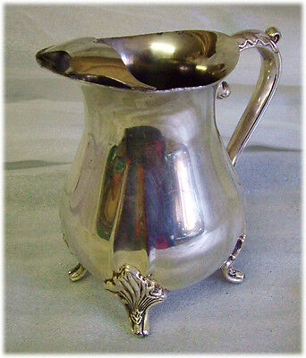 Viners Silver Plated Footed GRAVY JUG with LIP 5inTall349gms