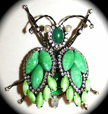 Chris Crouch's Moans Couture (Vrba protege) L emerald grasshopper pin/pendant