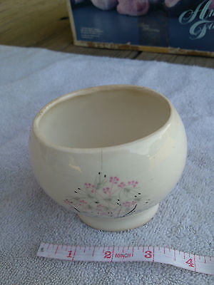 Hackerware Harbor Pottery VIntage Sugar bowl white with pink flowers