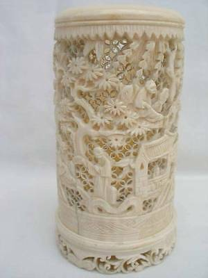 Stunning Late 19th Century Chinese Hand Carved Cow Bone Brush Pot.