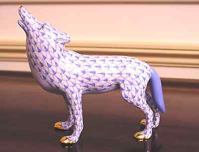 HEREND, HOWLING WOLF PORCELAIN FIGURINE, BLUE FISHNET, FLAWLESS, $360