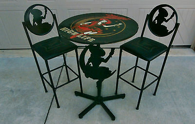 RARE 60s VINTAGE MILLER BEER GIRL IN MOON CAST IRON PUB TABLE 2 BAR STOOL CHAIRS