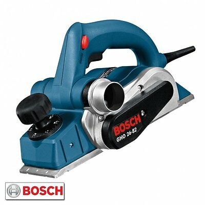 Bosch 82mm Electric Wood Planer 240v 710w + 2 Blades, Dustbag & Case GHO26-82