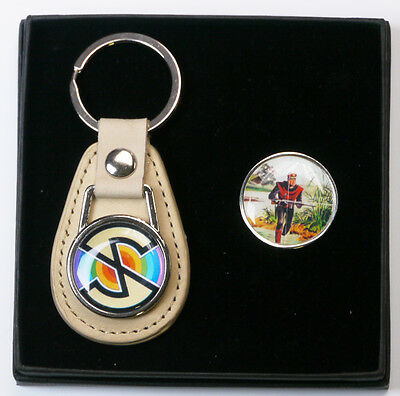 "CAPTAIN SCARLET ""Spectrum Logo"" Tie Pin / Badge & Keyring Set (#X027)"