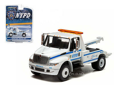 2013 International Durastar 4400 Nypd Tow Truck White 1/64 By Greenlight 29797