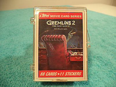 """1990 A TOPPS MOVIE CARD SERIES """" GREMLINS 2 """" TRADING CARDS COMPLETE SET. FINE.."""