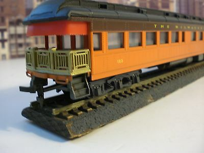 THE MILWAUKEE ROAD PASSENGER CARS MADE BY AHM IN H.O. SCALE