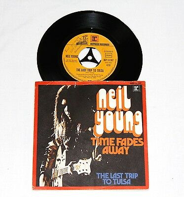 """7"""" Neil Young – Times Fade Away- Germany 1973 - Reprise -RARE!"""