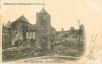 35 Fougeres Entree Chateau