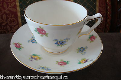 Crown Staffordshire, England,small bouquet flowers Pattern, cup and saucer[4-*49