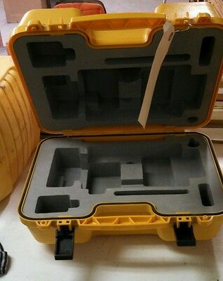 Northwest INSTRUMENTS Digital theodolite carrying case  NETH 20