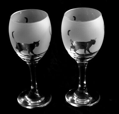 Cat gift Wine Glasses hand frosted