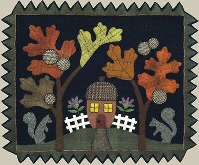 Acorn Hollow - Bonnie Sullivan Wool Applique Stitchery Quilt Pattern - squirrel