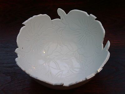 Handcrafted White Ironstone Fruit Bowl Incised Sgraffito Dogwood Flowers; 7.5 in