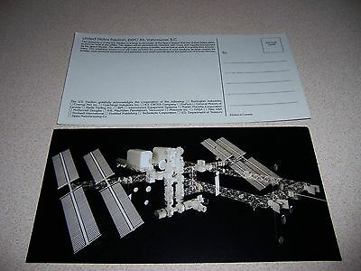 MODEL of FUTURE SPACE STATION at US PAVILION EXPO 86 VANCOUVER POSTCARD