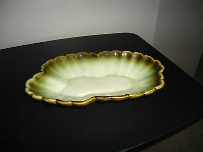 Hull USA Pottery Bowl White with Green Scalloped #31 Candy Nuts