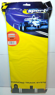 Scalextric Sport C8238 Radius 4 Curve Outer Border/Barriers 4 Pack