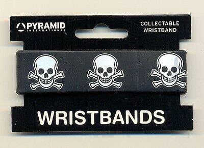 Skull & Crossbones Blk/w Rubber Wristband Carded One Size