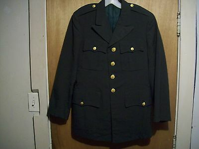 US ARMY UNIFORM JACKET GREEN 60% POLYESTER 40% WOOL 36S USA MILITARY COAT