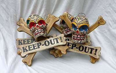 Totenkopf mit Knochen Skull KEEP OUT Wanddekoration Türschild Day Of The Dead
