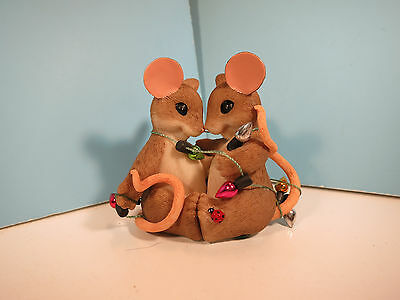 CHARMING TAILS-So Glad We're Together Christmas  Mouse Figurine-New