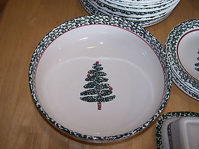 Furio Italy CHRISTMAS TREE Round Serving Bowl 10 in Green Sponge
