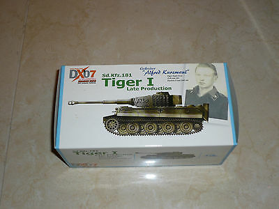 Dragon Armor 1/72 DX07 Alfred Kurzmaul sdkfz 181 Tiger 1 Late Production