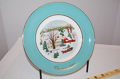 Vintage Christmas on the Farm Collector's Plate Wedgewood for Avon 1973 9""
