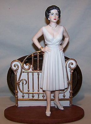 ELIZABETH TAYLOR FIGURINE. CAT ON A HOT TIN ROOF. EXCELLENT CONDITION.
