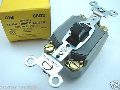 Hubbell 8802 Double Pole Single Throw 250V 10A Vintage Bakelite Brown Switch b93