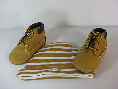 TIMBERLAND INFANTS CRIB BOOTIE WITH HAT Wheat/Wheat  -9589R-