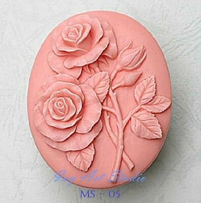 Silicone Soap/Candle Mold/Mould One Cavity - Round Double Rose